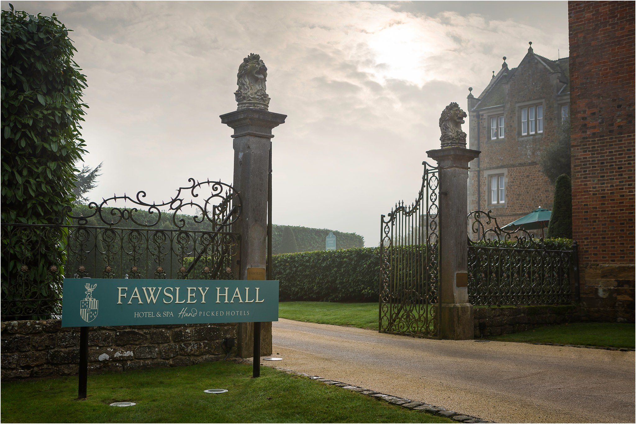 fawsley hall wedding in northamptonshire