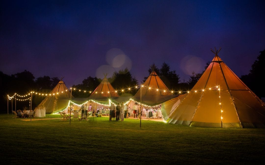 Warwickshire Tipi Wedding with a Kiwi Mix