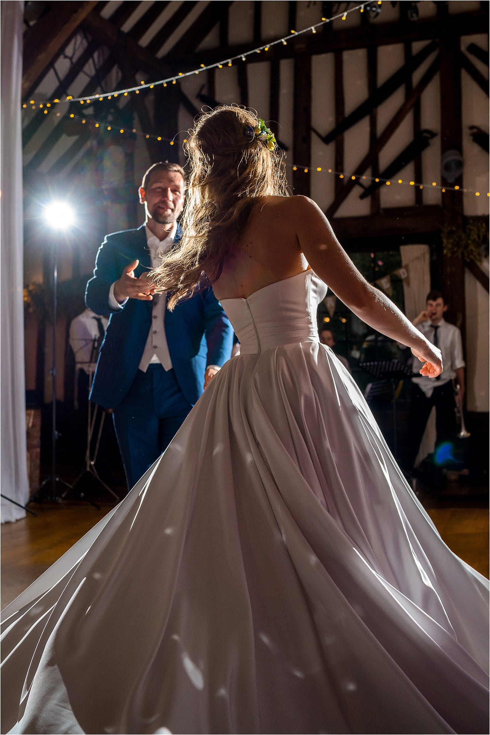 first dance at the plough inn at leigh - penshurst place wedding in kent